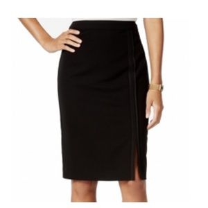 Tommy Hilfiger Pipe Trim Pencil Skirt Size 6 NWT